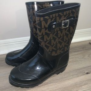 Shoes - Michael Kors Rainboots